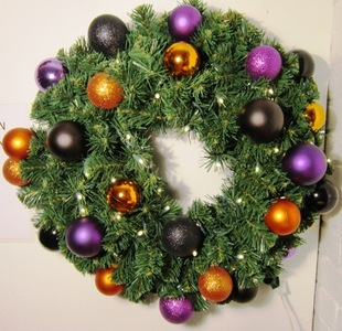 WL-GWSQ-06-HALL-LWW - 6' Pre-Lit Warm White Sequoia Wreath decorated with Halloween Ornament Collection