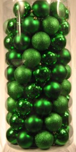 WL-ORNTUBE-100-GR;  50 Pack of 100MM Plastic Green Balls