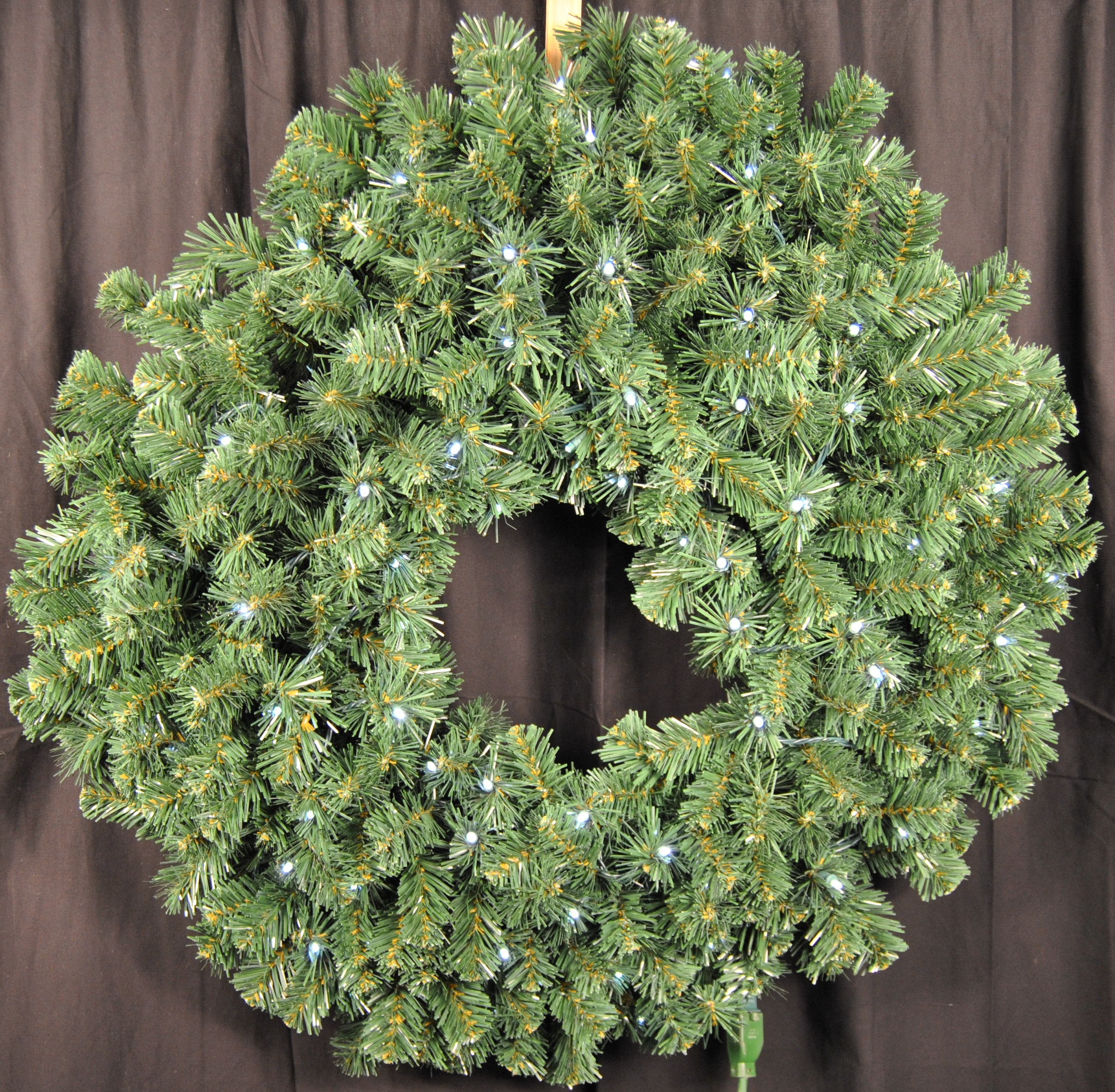 4' Sequoia Wreath Pre-Lit with Pure White LEDS